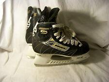 Bauer Model Supreme 2000 Adult Ice Hockey Skates Men's 7 Black White Canada