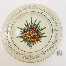 Lenox COLONIAL BOUQUET PLATE 1995 Virginia Christmas