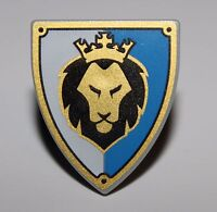 LeGo Castle Minifig Shield Triangular w/ Black and Gold Lion Head with Crown NEW