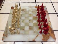 "Vintage Marble Chess Board With 1950's ' Kingsway Florentine Chess Set 16"" x16"""