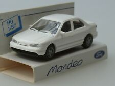 1//87 Rietze Ford Mondeo Ghia metalizado azul