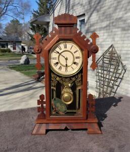 Antique New Haven Walnut Eastlake Parlor Mantle Shelf Clock Painted Glass Runs