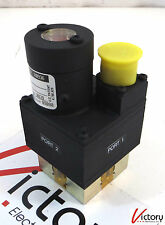 New Load Waveguide Switch LWT28BUL9X12 R0936, 4 Port, 15VDC