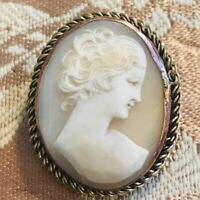 LOVELY ANTIQUE ROSE GOLD and 9ct gold CARVED SHELL LADY CAMEO BROOCH/PIN Marked