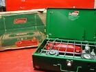 Vintage 1970's Coleman Camp Stove w/ Box - 425E499 Two Burner Green. CLEAN