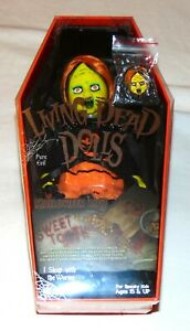 Living Dead Dolls SWEET TOOTH with ENAMEL PIN