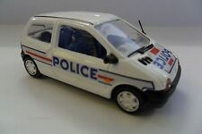 VITESSE 1:43 AUTO DIE CAST CAR RENAULT TWINGO POLIZIA POLICE  ART L087