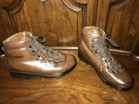 Raichle Vintage Brown Leather Lace Up Hiking Trail Ankle Boots Womens Size 5.5M