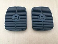 LAND ROVER DISCOVERY/RANGE R/NEW BRAKE & CLUTCH PEDAL RUBBERS X2 COVERS - 575818