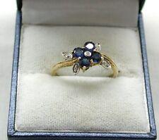 LOVELY GOLD GILDED ARGENTO il topazio blu e diamanti a forma di fiore Anello
