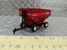 1/64 ERTL CUSTOM FARM TOY NEW 650 DEMCO RED CORN SOYBEAN GRAIN GRAVITY WAGON