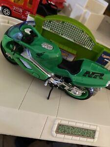 Maisto 1:18 Honda NR Motorcycle Bike Model Toy New in Box Green