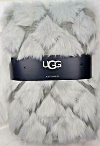 UGG Kaley Faux Fur Polar Shag Throw Blanket Grey Carved Print