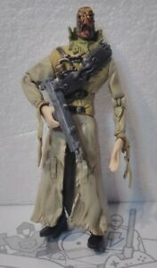 Fear Shot Scarecrow Figure: 2007 DC Comics Batman The Dark Knight