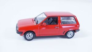 1:43--IXO--VW Polo  / 15 B 585