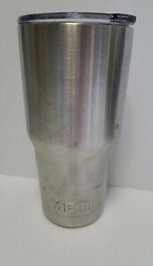 Yeti 30 Oz Silver Cold Cup