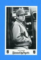 1984 DICK HOWSER KANSAS CITY ROYALS TEAM ISSUED POSTCARD NM-MT