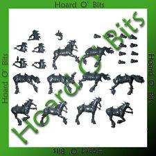 WARHAMMER BIN BITS CHAOS MARAUDER HORSEMEN - 5x HORSES