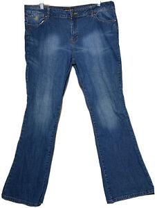 Rocawear Women's Jeans Bootcut/Flared Blue denim Jeans Size 18 Medium wash
