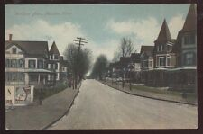 Postcard MERIDIEN Connecticut/CT  Windsor Ave Houses/Homes w/Spires view 1910's