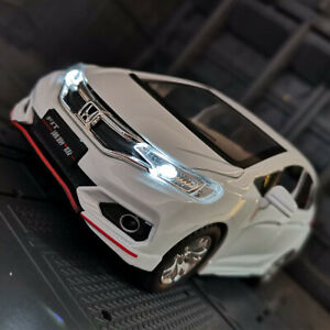 Honda GK5 Fit 1:32 Diecast Model Car Toy Collection Light&Sound Pull Back Power