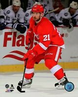 """Tomas Tatar Detroit Red Wings NHL Action Photo (Size: 8"""" x 10"""")"""