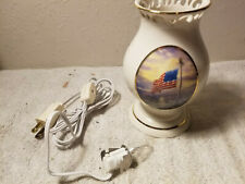Thomas Kinkade Hurricane Lamp Painter Of Light Home&Heart Collection 2005