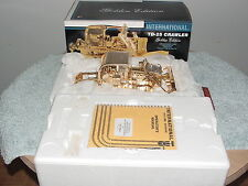 1/25 FIRST GEAR IH INTERNATIONAL HARVESTER TD-25 CRAWLER GOLDEN EDITION