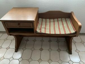 Telefonbank /Sitzbank, Eichenholz, mit Kissen, gebraucht