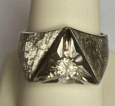 MEN'S WHITE GOLD 0.45 CT DIAMOND RING. SIZE 9.25