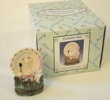 Madame Alexander Dolls  - Dish And Spoon Nursery Rhyme Porcelain Hinged Box