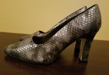 High Heel Pumps Shoes Size 10 Gray/Black Snakeskin Print Fashion Tradition