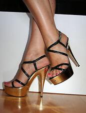 Sandalo sexy usato con tacco e zeppa color oro, numero 36
