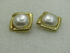 "Vintage Gold Tone Faux Pearl Clip Earrings, 1"", 1980's"