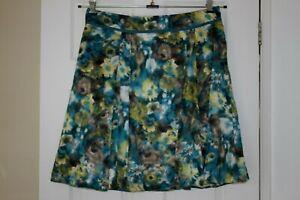 Laura Ashley ~ Lined Viscose Skirt ~ Size 16
