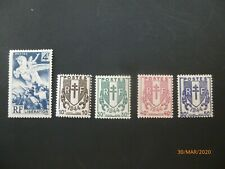 TIMBRE FRANCE 1945 NEUF YT 669/670/671/672/673/LIBERATION/ CHAINES BRISEES