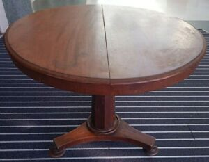 Antique mahogany tilt top William IV Early Victorian dining round circular table