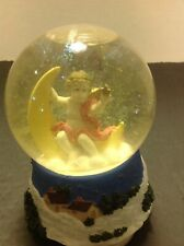 Snow globe music player Christmas Scene