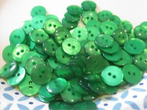 LOT OF 100 GREEN COLOR 9/16 INCH 2 HOLE BUTTONS, NEW