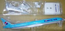 1/200 Korean Air B777-300ER NEW