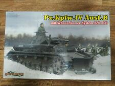 Cyber Hobby - 1/35 PzKpfw.IV Ausf.B Schneeraumer System Schmidt - #6764 - BNIB