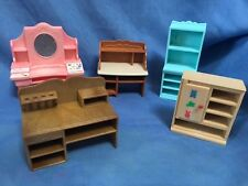 SYLVANIAN FAMILIES - JOB LOT OF FURNITURE FOR HOUSE HOTEL ETC