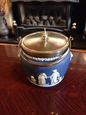 Stunning Antique Wedgwood Viscuit Barrel With Lions