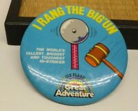 VINTAGE PINBACK BUTTON I RANG THE BIG 'UN HI-STRIKER SIX FLAGS GREAT ADVENTURE