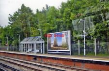 PHOTO  PENGE WEST RAILWAY STATION 2010 VIEW NE OF DOWN PLATFORM SEEN FROM AN UP