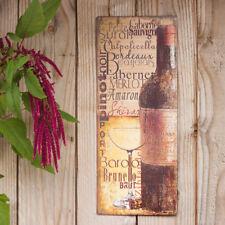 Vintage Blechschild, Weinglas und Weinflasche, Kunstdruck von Lisa Wolk