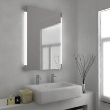 Weiße Badezimmer-Spiegel