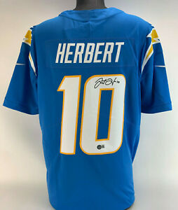 Justin Herbert signed Chargers Autographed Nike Limited Jersey auto Beckett Witn
