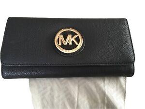 Michael Kors Womens Black Leather Fulton Flap Continental Wallet Clutch