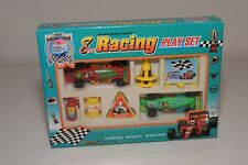 V 1:64 WELLY PLAY GIFT SET 8 RACING PIECES F1 RACING CAR GREEN RED MINT BOXED